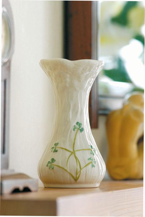 Belleek Daisy 6 Inch Spill Vase