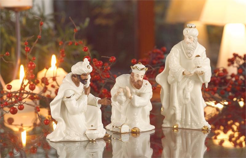 Belleek Living Holiday Classic Nativity Three Kings Set