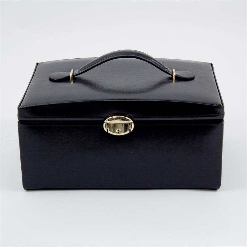 bey berk black leather jewelry case w travel box