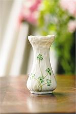 Belleek Daisy Toy Spill Vase